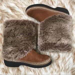 Isotoner tall woodlands faux fur slipper boots